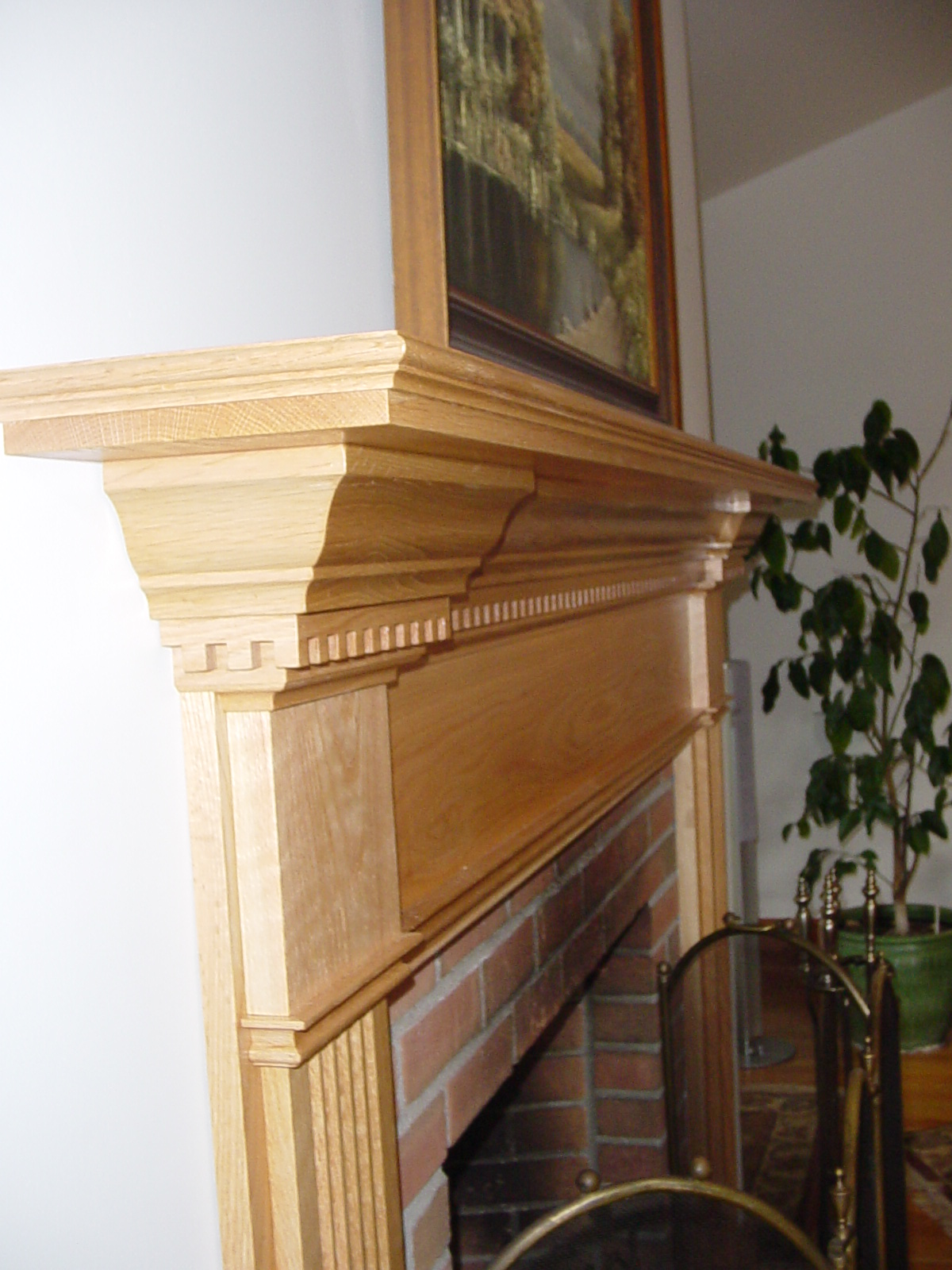 Red Oak Mantel With Clear Coat Of Finish