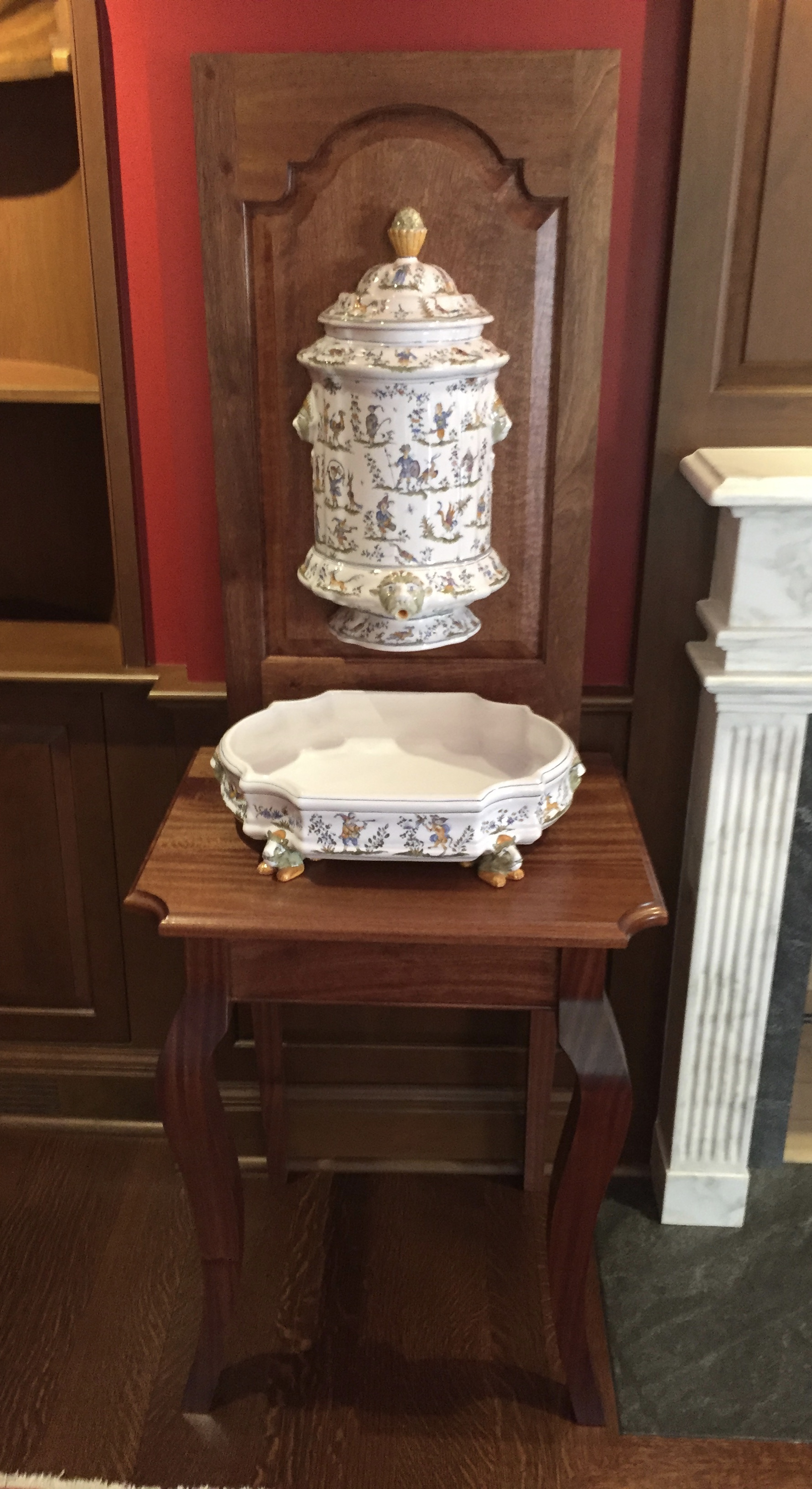 Urn And Fountain Table