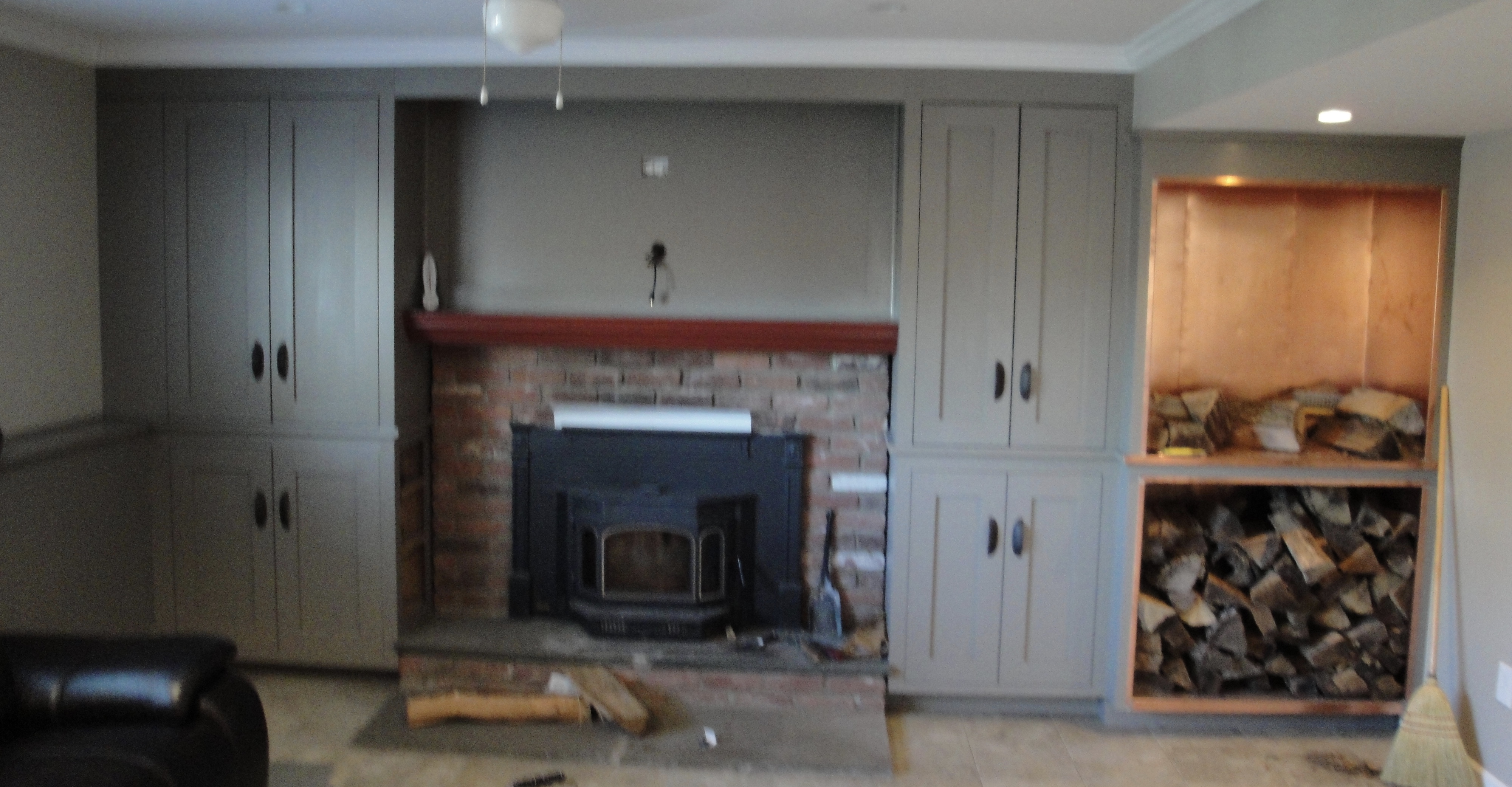 Basement Built in with copper lined fire wood box.